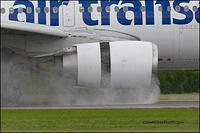 Air Transat drying the runway